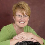 Mary Cantando: Nov 15 Victorious Woman Radio